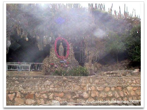 Lourdes_Grotto_Aruba2